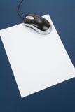 计算机信函鼠标纸张 免版税图库摄影