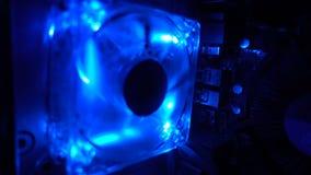 计算机冷却风扇打开,蓝色光HD 影视素材