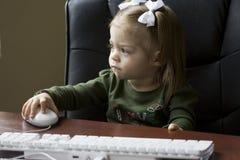 计算机天才年轻人 免版税图库摄影