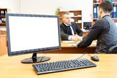 计算机服务台办公室人 免版税库存照片