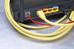 计算机网络缆绳和互联网路线 库存图片