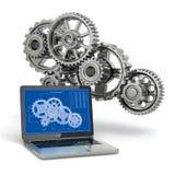 计算机设计工程学。膝上型计算机、齿轮和草稿。 图库摄影