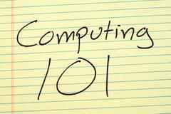 计算101在一本黄色便笺簿 免版税库存照片