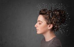 认为与在她的头的抽象象的女孩 图库摄影