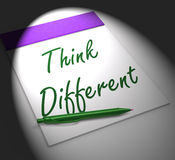 认为另外笔记本显示启发和创新 库存图片
