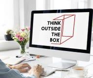 认为在箱子概念外面 库存图片
