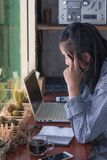认为想法战略运作的概念的女实业家 免版税库存图片