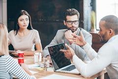 讨论一些企业问题 免版税库存照片