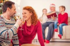 让饮料新年好 免版税库存图片