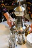 让` s做咖啡阿拉伯人样式 库存图片