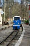 训练孩子的机车的铁路在动物园,格拉,德国里 免版税图库摄影