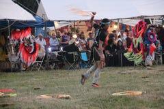 议事会的美国本地人舞蹈家 免版税库存照片