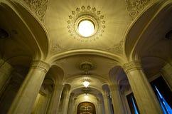 议会大厦内部在布加勒斯特,罗马尼亚 免版税库存照片