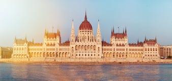 议会大厦在布达佩斯,匈牙利 免版税库存图片