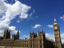 议会大本钟和议院在伦敦,英国 免版税库存照片