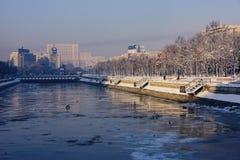 议会宫殿-布加勒斯特 库存照片