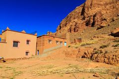议院在一个典型的摩洛哥巴巴里人村庄 免版税库存照片