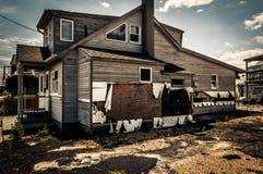 议院由在点宜人的海滩的飓风桑迪损坏了,新的J 免版税库存图片