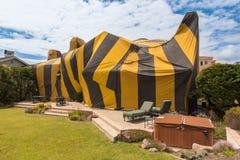 议院由熏蒸的帐篷盖 免版税库存照片