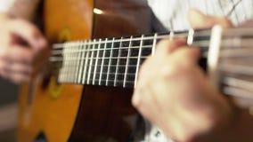 记录的声学吉他 股票视频