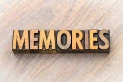记忆-在木类型的词摘要 库存图片