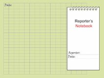 记者` s笔记本和黄色纸笔记本的 图库摄影