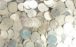 许多一泰铢硬币 免版税库存图片