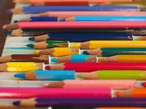 许多上色铅笔 库存图片