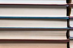 许多书在书店或图书馆 库存图片