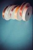 许多五颜六色的丝带 库存照片