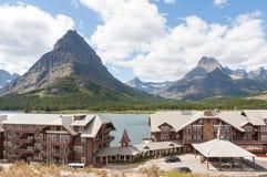 许多冰川旅馆 免版税库存图片