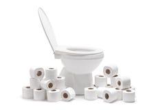 许多卫生纸滚动马桶 免版税库存照片