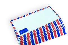 许多在白色背景的航空邮件信件 向量例证