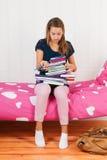许多家庭作业 免版税库存照片