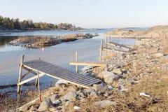 许多小农村木桥和冰 免版税库存图片