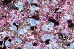 许多小金刚石珠宝石头,豪华背景特写镜头 免版税库存照片