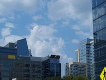 许多新的视域在住宅区的达拉斯 免版税库存照片