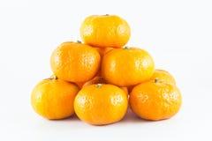 许多新鲜的未加工的桔子 免版税库存照片