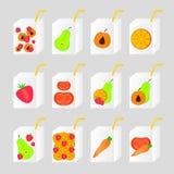 许多瓶汁液 库存图片
