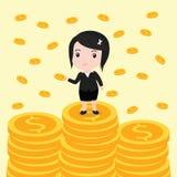 许多硬币,女商人有许多硬币 图库摄影