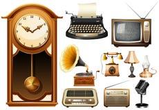 许多种类古色古香的electornic设备 免版税库存图片