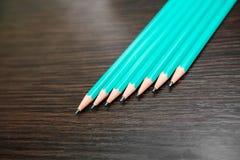 许多简单的绿松石铅笔 免版税库存图片