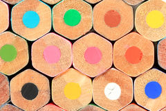 许多色的木铅笔 免版税库存照片