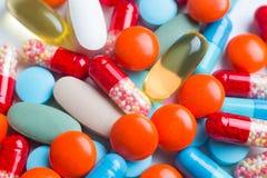 许多药片 免版税图库摄影