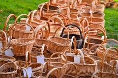 许多被编织的篮子 库存照片