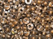 许多金属齿轮特写镜头  免版税库存照片
