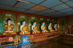 许多雕塑Bubba 实皆,缅甸 库存图片