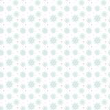 许多雪花的轻的无缝的蓝色样式 皇族释放例证