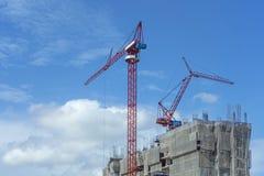 许多高层建筑建设中和cran的里面安排 库存图片