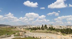 论坛(卵形广场)在Gerasa (杰拉什),约旦 免版税库存照片